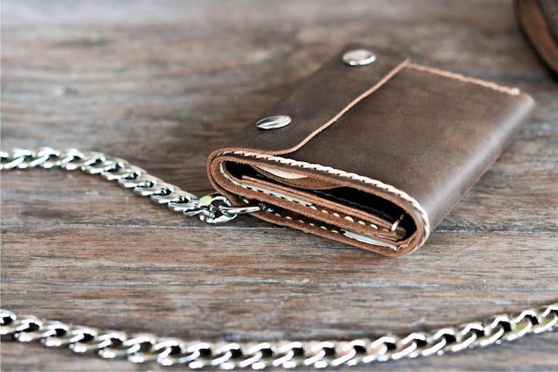 Leather Trifold Chain Wallet 3