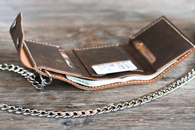 Leather Trifold Chain Wallet 4
