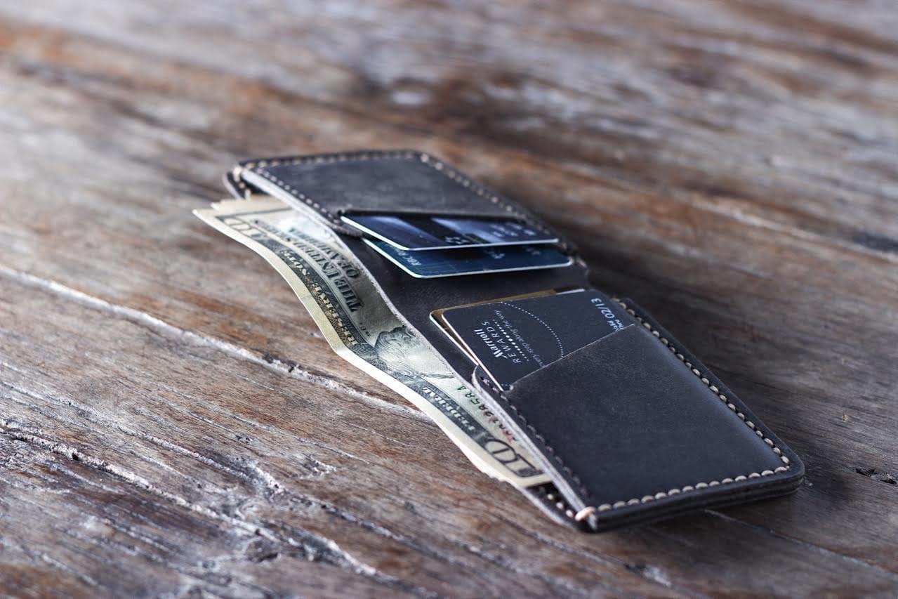 Slim Mens Wallet Dark