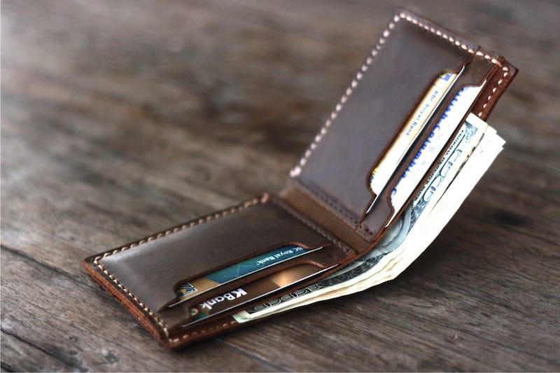 Personalized Mens Bifold Wallet – Customize With Your Name or Initials 5