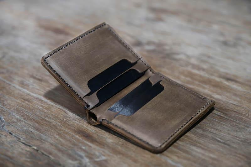 Minimalist Euro Wallet 3