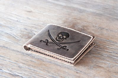 Jolly Roger Pirate Flag Wallet for pirates of the caribbean fans